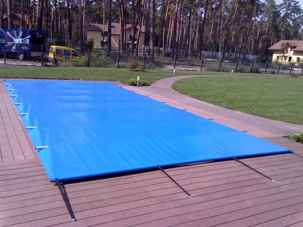Накриття тентові на басейн
